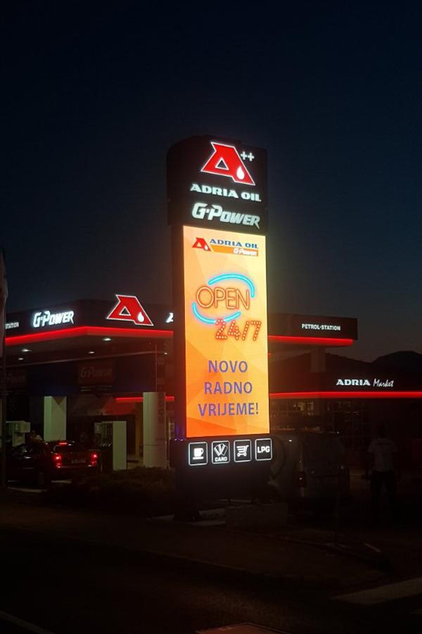 Adria Oil Projekti